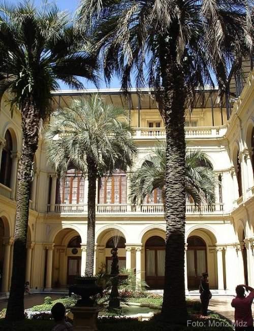 Passeio na Casa Rosada - Buenos Aires - patio das palmeiras
