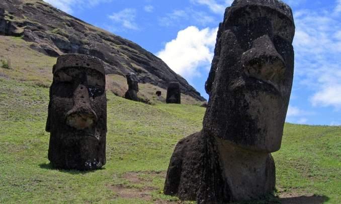 ilha de pascoa - estatuas de moai