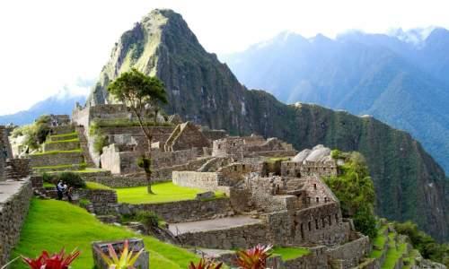 Enigmática Machu Picchu - Cordilheira dos Andes, Peru - Machu-Picchu