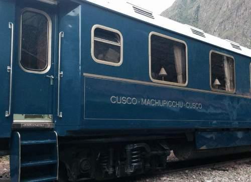 Enigmática Machu Picchu - Cordilheira dos Andes, Peru - trem