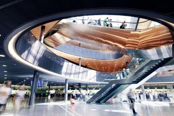 8 - Zurich Airport, Zurique, Suíça