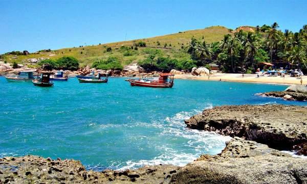 Praia De Calhetas - Cabo De St. Agostinho