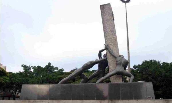 monumento das 3 racas