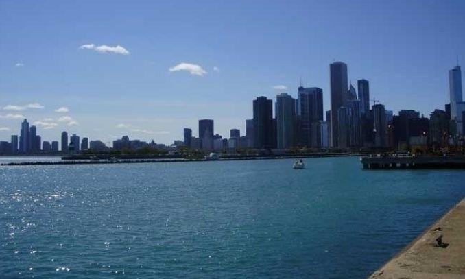 Lago Michigan   ponto turistico  muito visitado em chicago