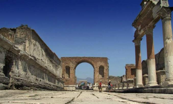 Ponto Turistico na Italia - Pompéia 3 - Copia