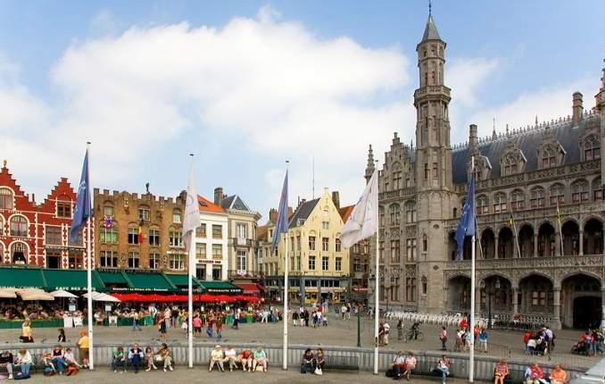 Melhores pontos turísticos em Bruges - Grote Markt bruges